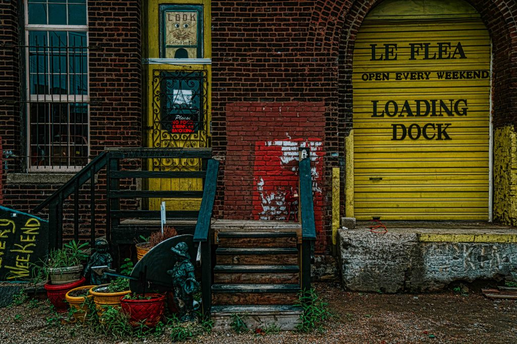 Entrances to some of the flea markets and antique shops