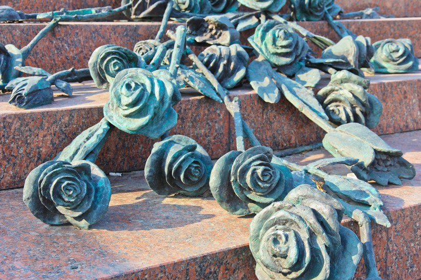 "Roses and Tulips of the memorial ""Roses"", Minsk"