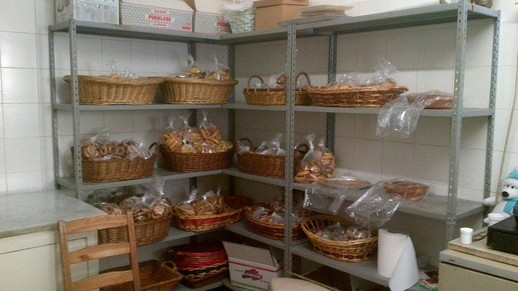 Agnesina's baked pastries, by Giulia Falovo