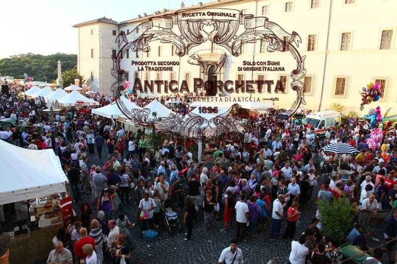 Sagra-della-porchetta-Ariccia03
