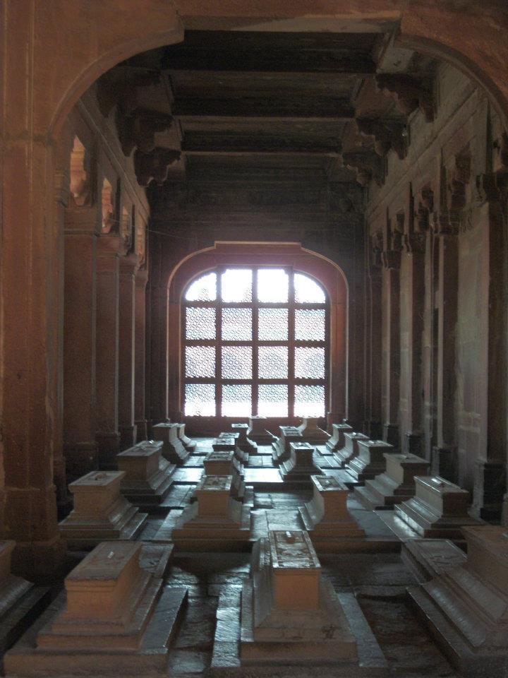 Nawab Islam Khan's Tomb Fatehpur Sikri - India simran shukla