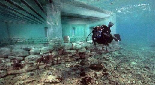 Image Courtesy: http://tripfreakz.com/offthebeatenpath/port-royal-caribbean-sunken-pirate-babylon