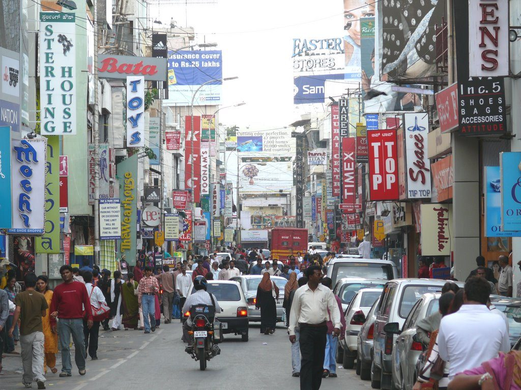 public-spaces-of-bangalore-commercial-street