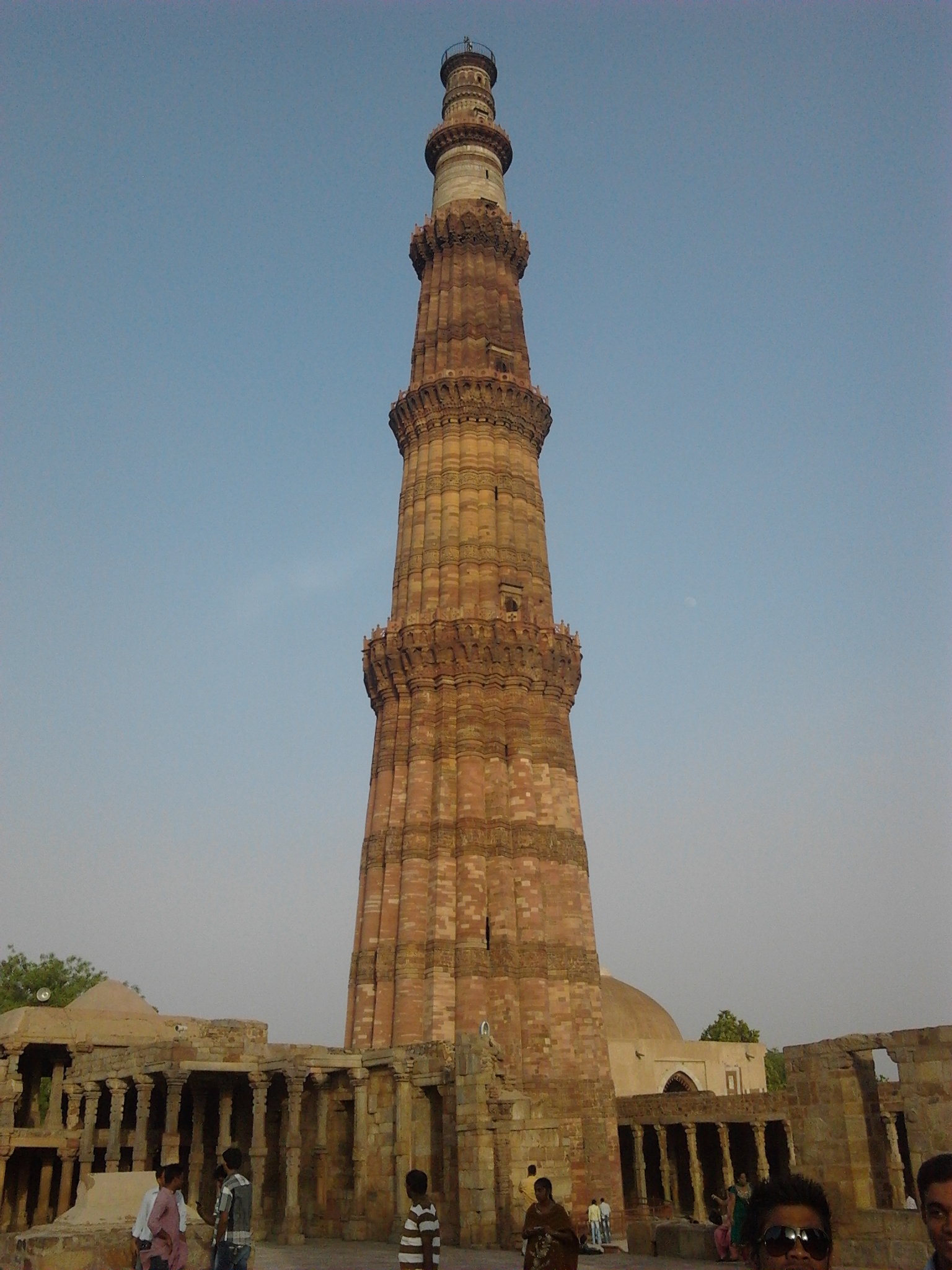 Visit to Qutab Minar Qutb Minar and its Monuments, Delhi - India Vaibhav Nanda