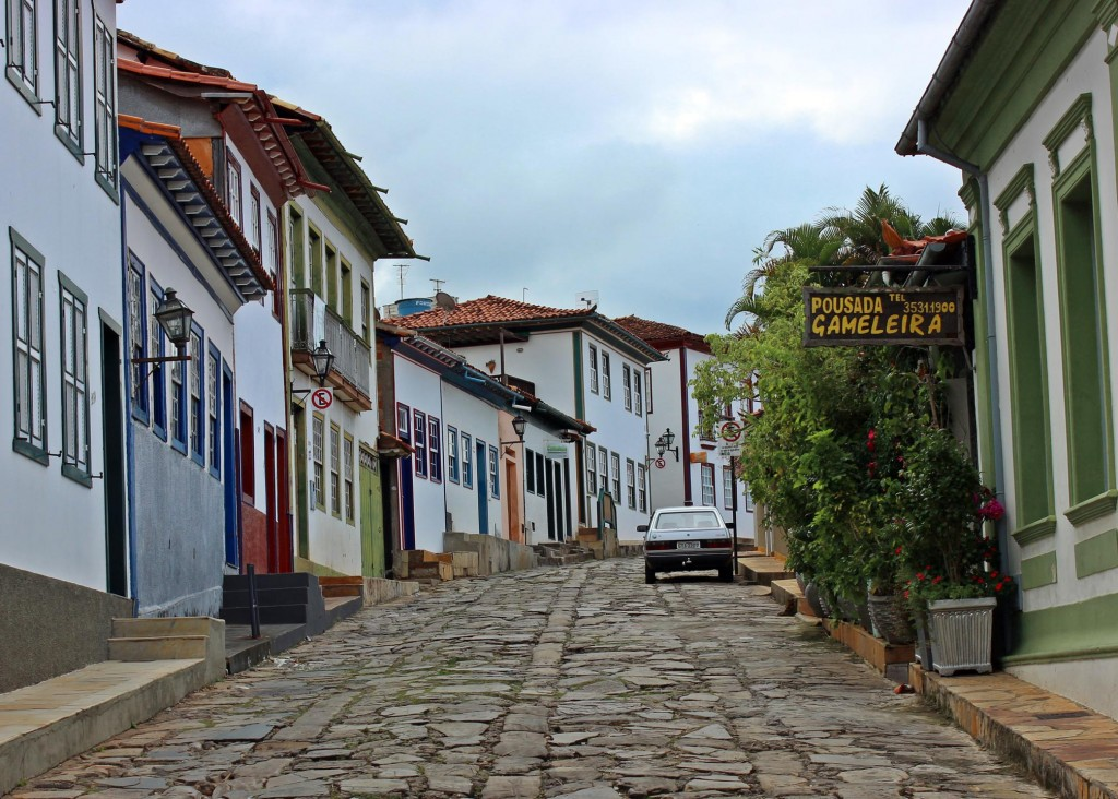 Typical street of the historic center of Diamantina, Brazil. Photo by Natália Gonçalves