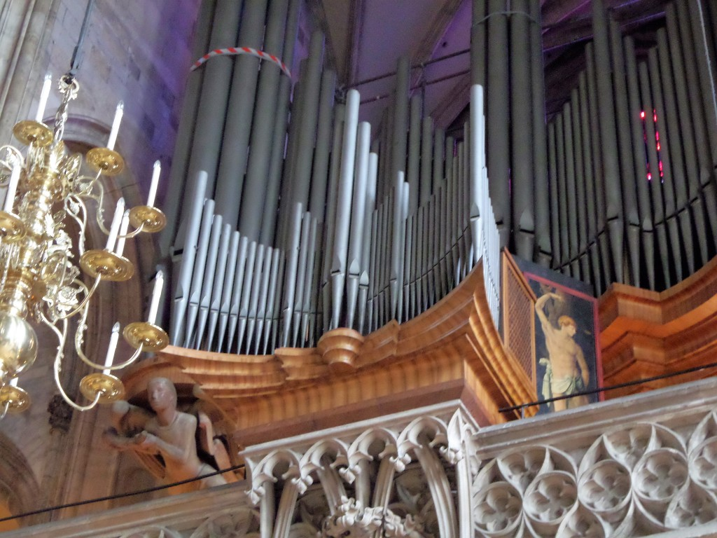 The main choir is situated just above the entrance.