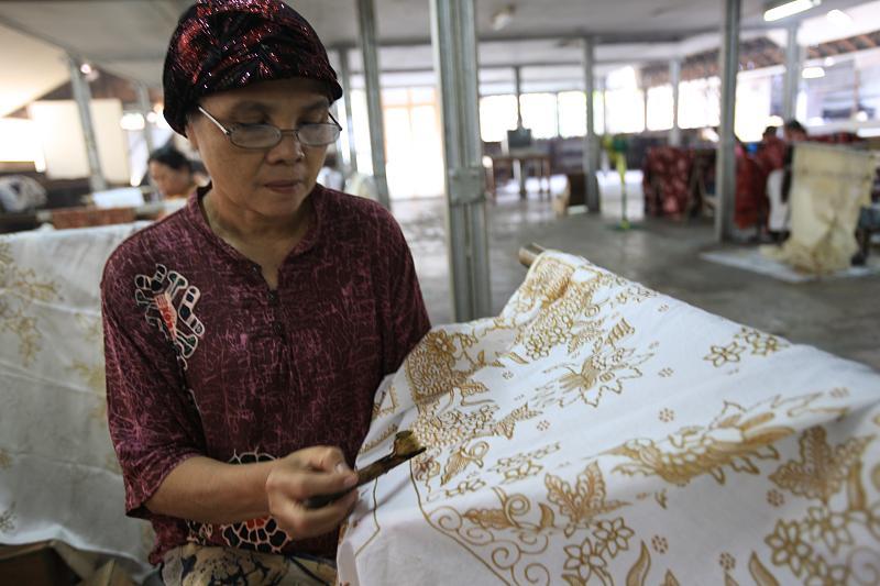 Unnamed Indonesian Batik - Indonesia Thomas Shaw