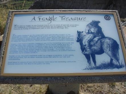 Dinosaur Provincial Park sm 7614