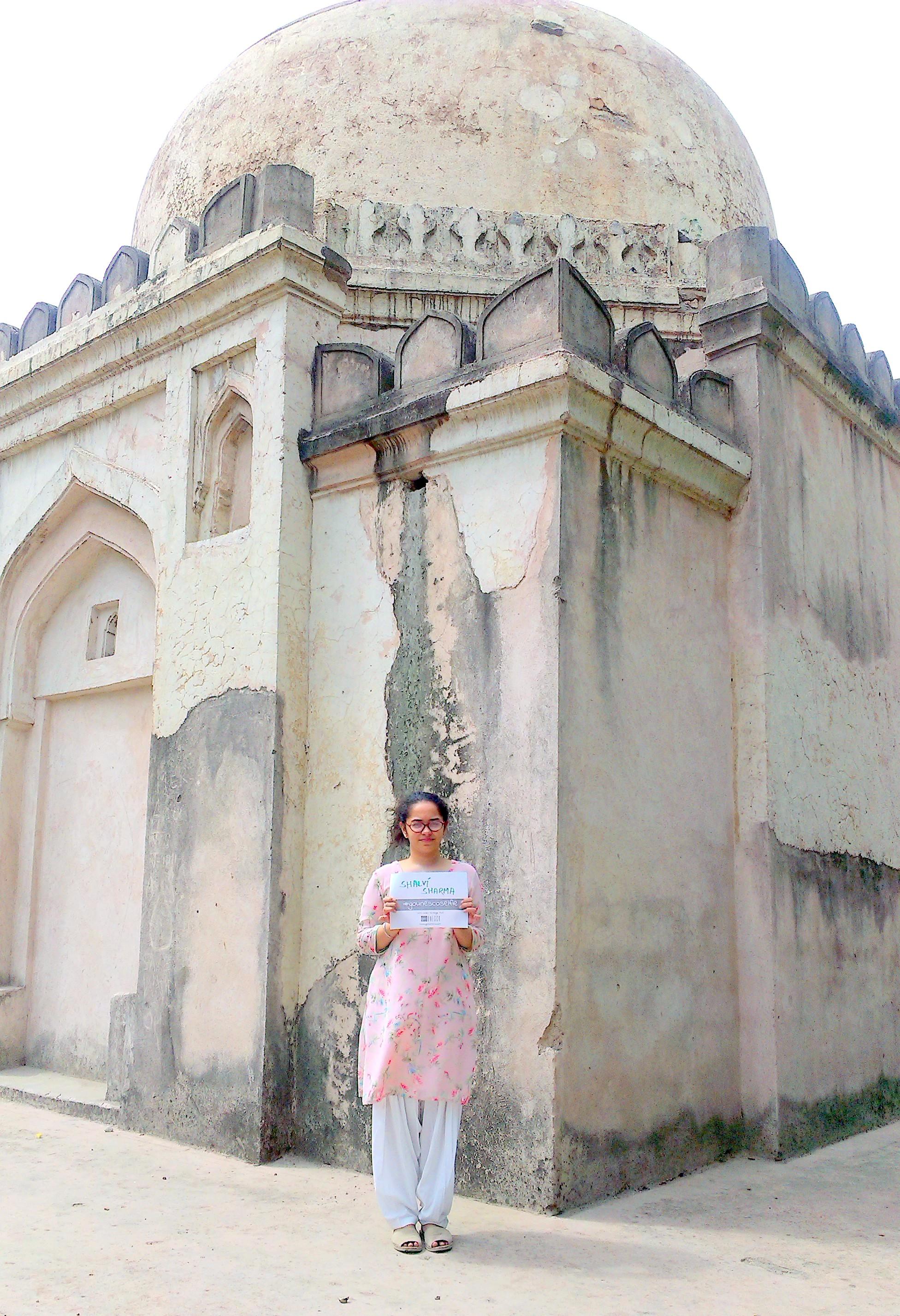 Choti Gumti Hauz Khas Ruins