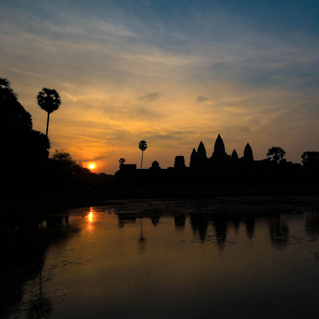 Sunrise at Ang Kor Wat