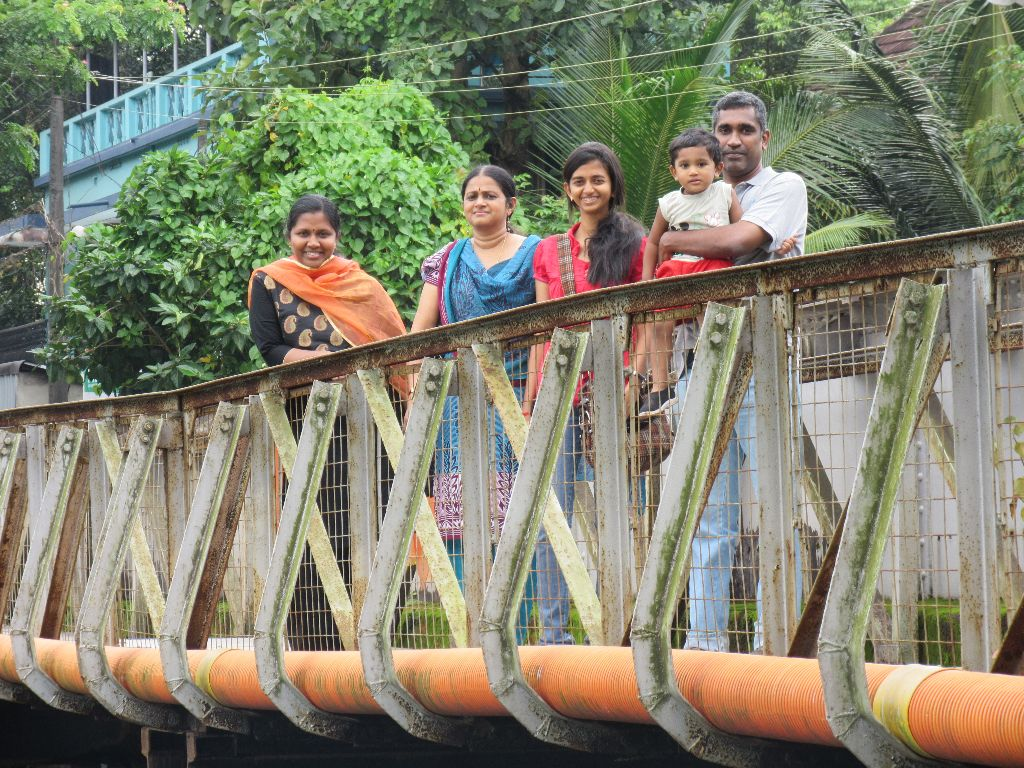 On the bridge connecting tripunithura and poonithiura