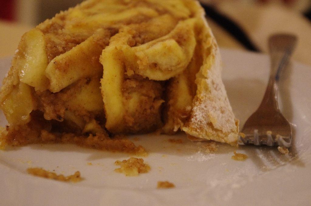 Apfelstrudel at the Cafe Residenz
