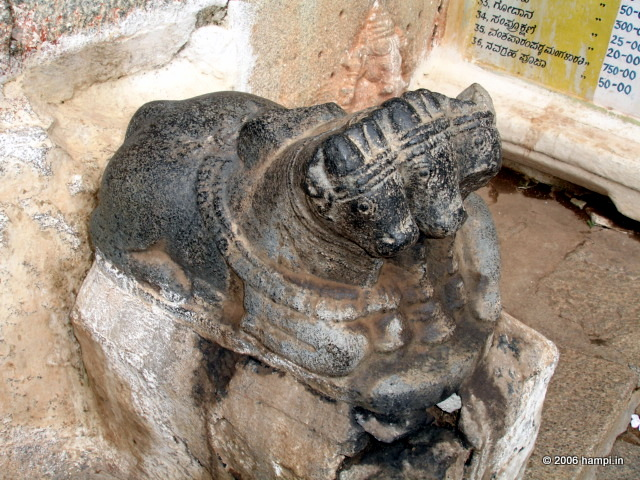 NANDI - via hampi.in