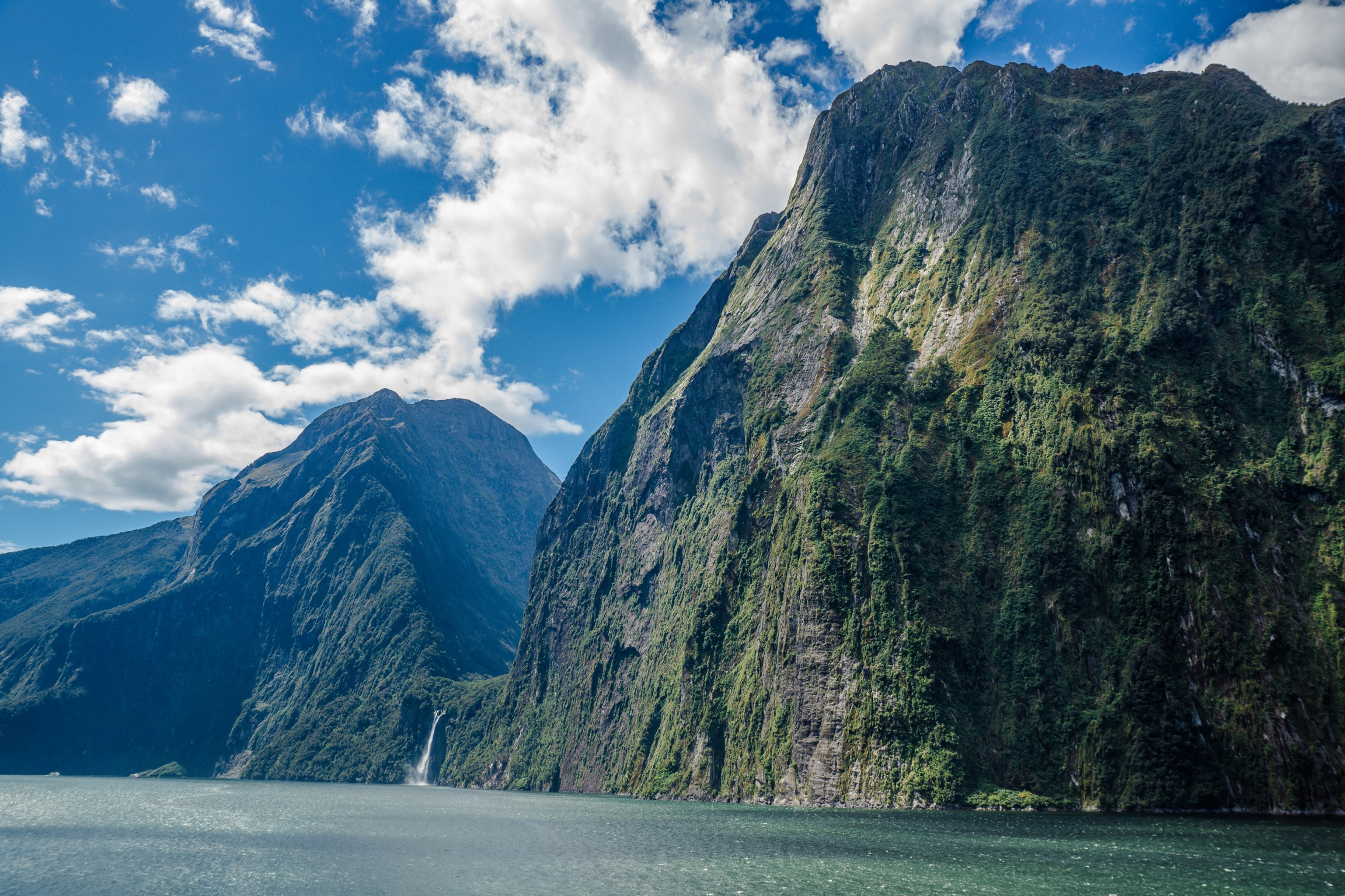 Te Wahipounamu – South West New Zealand Fjordlands