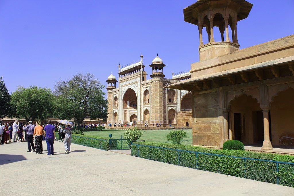 One of 4 gates of Taj Mahal