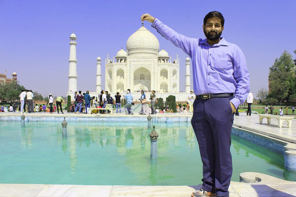 Jatin Chhabra at Taj Mahal