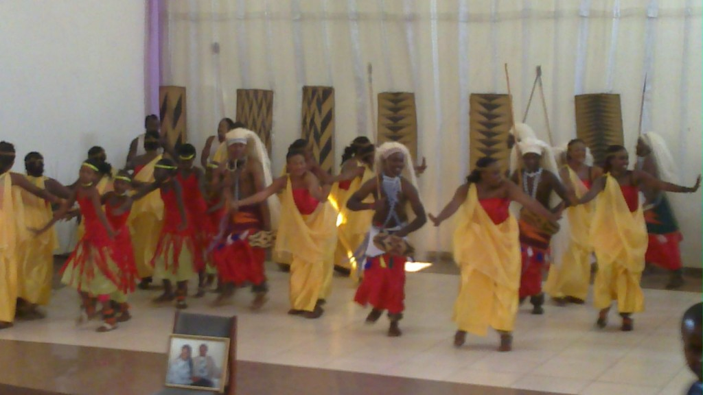 Amasimbi N'amakombe Ballet