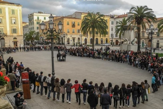 "Sassari, ""Ballu tundu"" flash mob Photo: La Nuova Sardegna online newspaper"