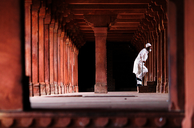 The corridors in Fatehpur Sikri Picture Courtesy: Alezzo from Flickr