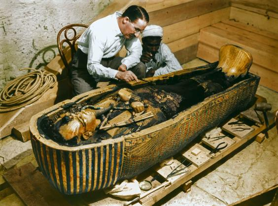 John Carter, the British archaeologist examining the tomb of Tutankhamun