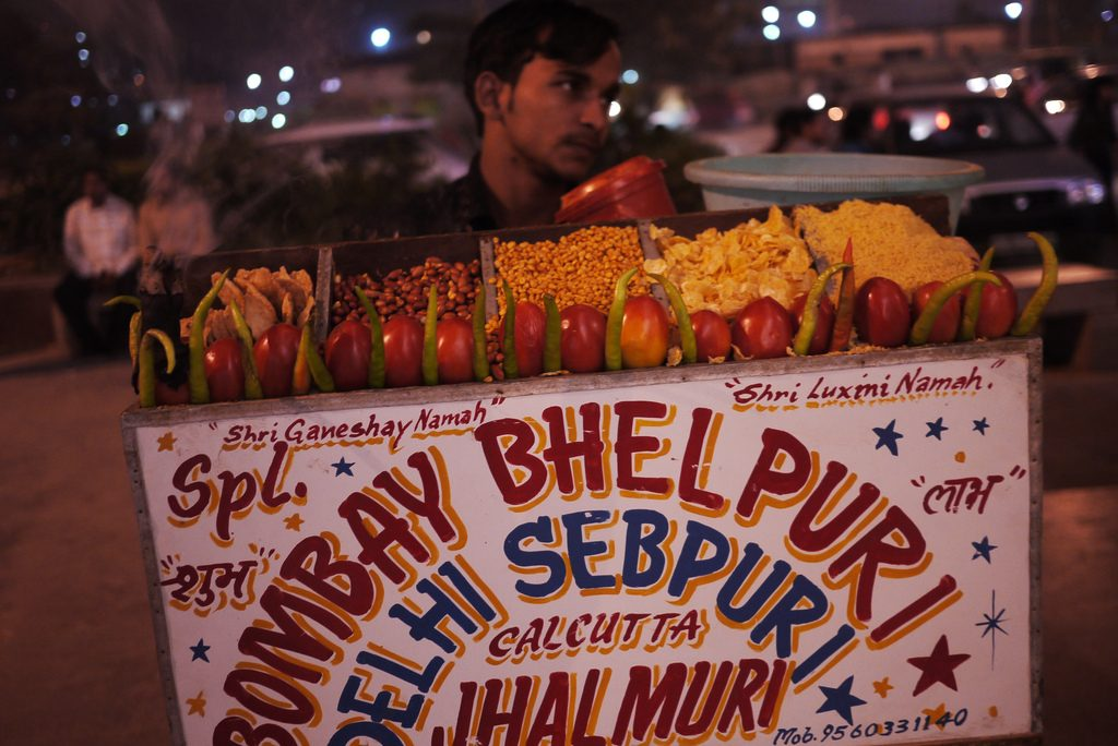 Another bhel puri stall Picture Courtesy: Barry Pousman : https://www.flickr.com/photos/castle_life/