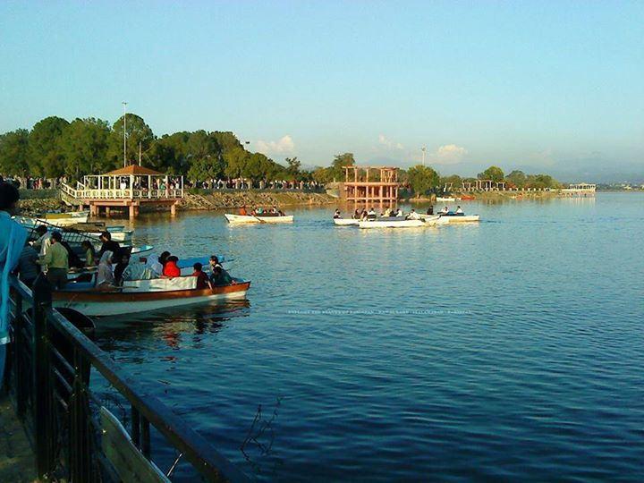 Rawal Lake, Islamabad, Pakistan Source: Babur Rasheed