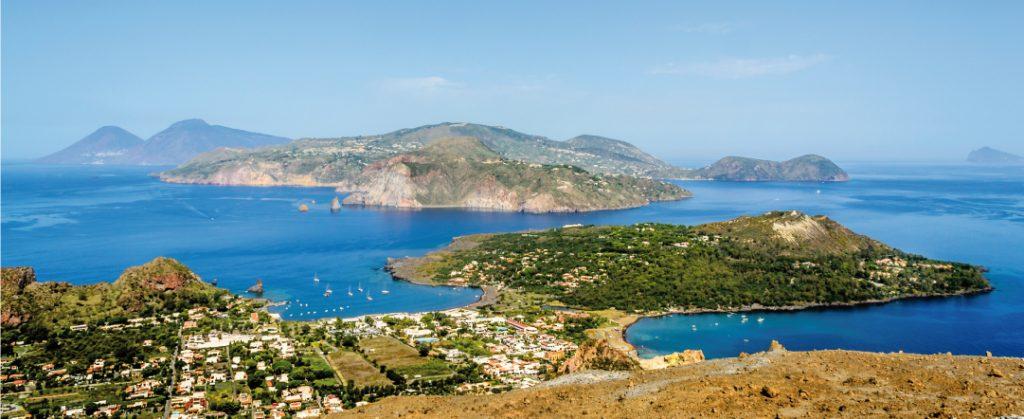 A bird's eye view of the Riviera d'Ulisse. Photo credit: zizzolaviaggi.net