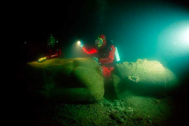 The submerged city of Thonis-Heracleion, Egypt Image Courtesy: Boredomtherapy.com