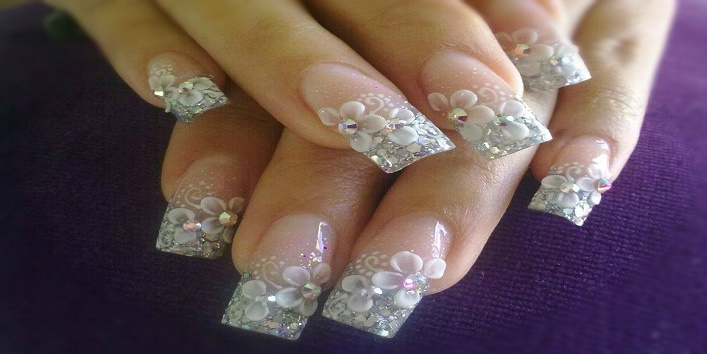 3 D nail art to make your nails more beautiful3