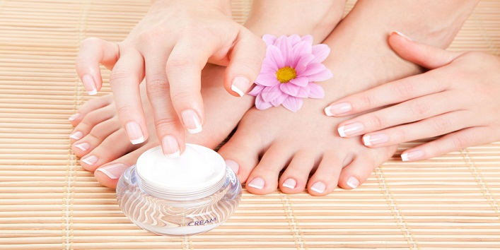 at-home-pedicure-step-by-step-tutorial 6