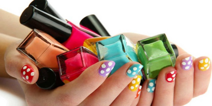 Nail polish with scent