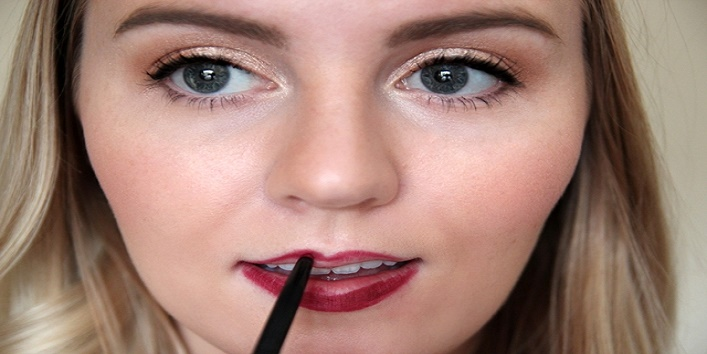 line your lips with lip liner