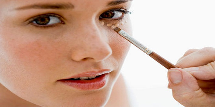 Is-it-an-ideal-base-for-eye-makeup