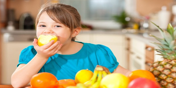 Give healthy foods to eat