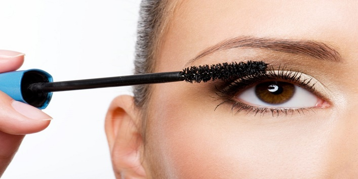 Protect-mascara-from-being-spoiled