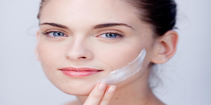 Save-time-and-money-by-using-milk-instead-of-these-5-beauty-products-2