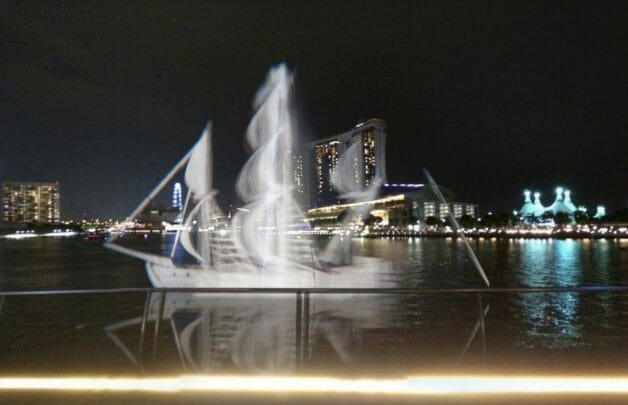 i-light-singapore-art-installations-12-628x405