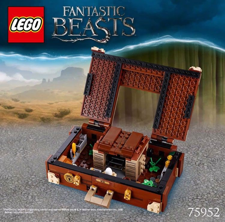 lego_75952_front2