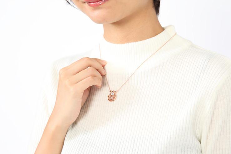 necklace_headlinevis