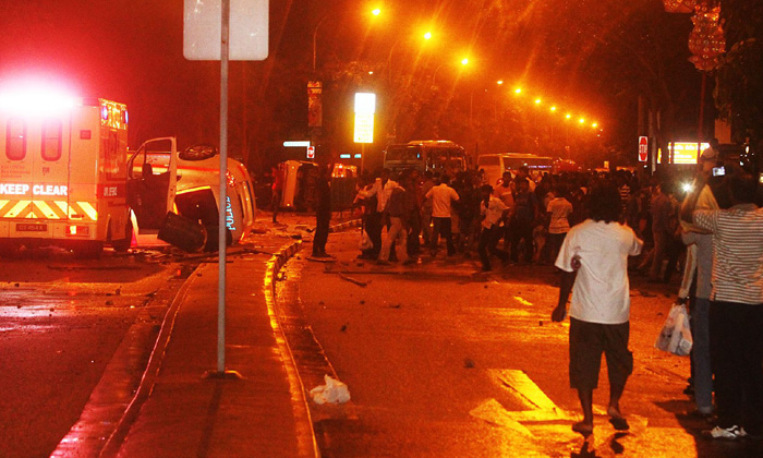 Little India Riot December 8th 2013 image from twitter