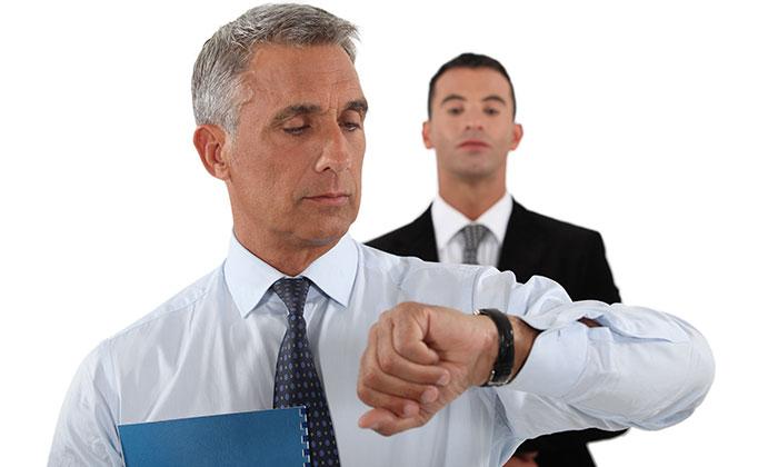 Watch senior and junior boss