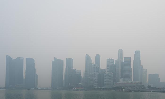 Haze in Singapore forces school shutdown
