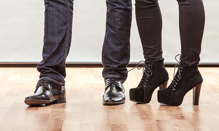 Vogue fires intern for heels