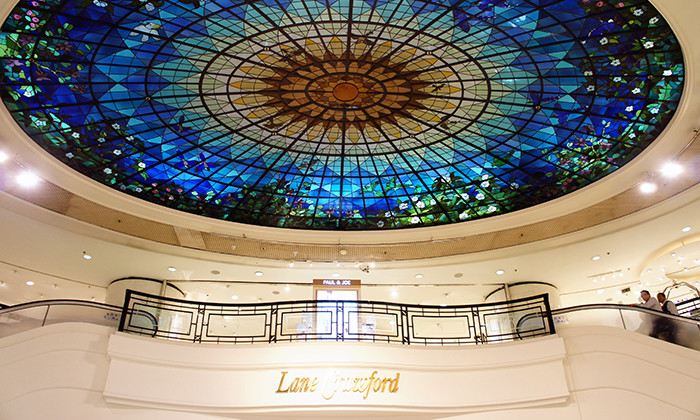 Lane Crawford storefront in Hong Kong, hr
