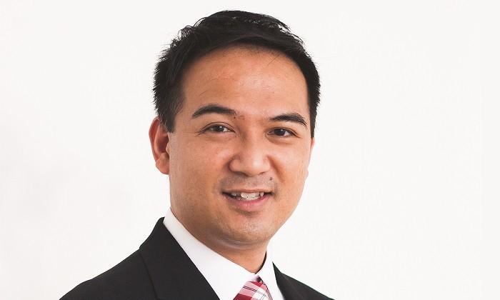 Headshot Thomas Wai, hr