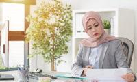 Muslim woman boss