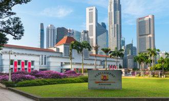 Singapore-Parliament-123RF