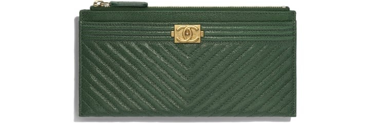 boy-chanel-pouch-green-grained-calfskin-gold-tone-metal-packshot-default-a81254y837945b460-8807087341598