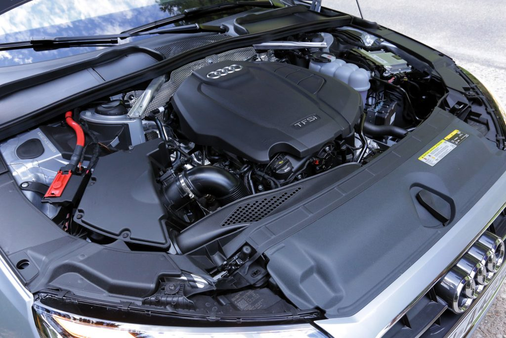 Audi A4 Sedan 40 TFSI S tronic, Audi, Audi A4,