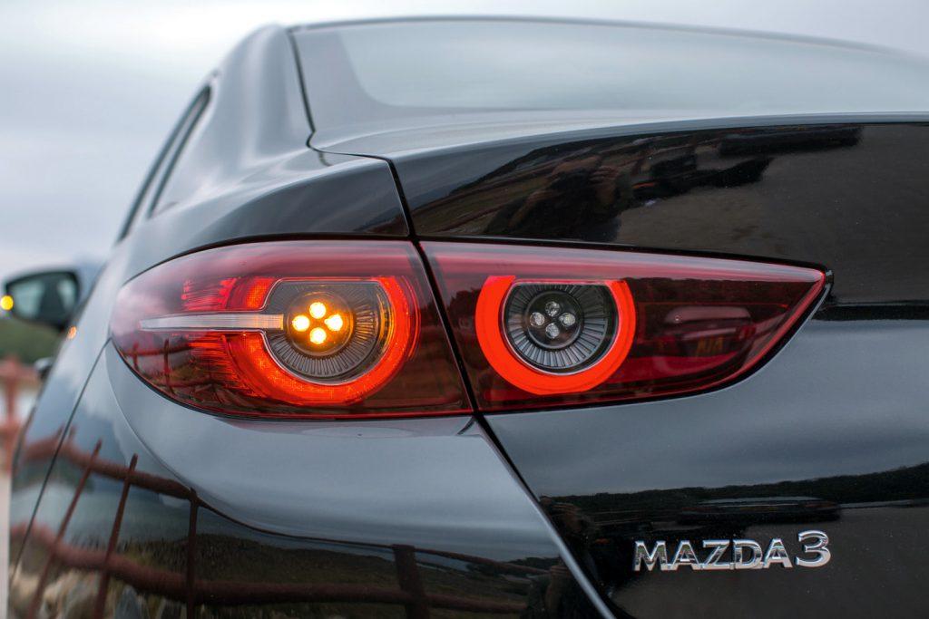 Mazda, Mazda3, Mazda3 Sedan, Mazda3 Sedan 1.5 High, 萬事得,